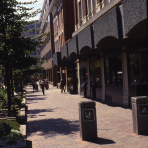 Pedestrian Mall, South Dubuque Street, 100-Block, 1980s