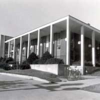 Building the Iowa City Carnegie Library Addition,  1963
