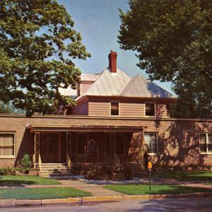 Oathout Funeral Home, Iowa City, Iowa