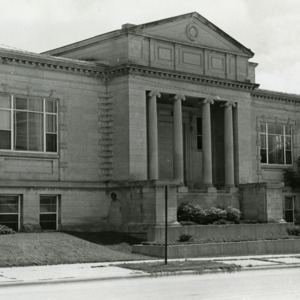 Carnegie Library's Linn Street Entrance, 1975