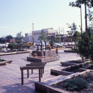Pedestrian Mall and Plaza construction, 1980