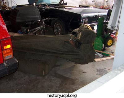 http://history.icpl.org/import/tornado_2006_wood_kl_0016.jpg