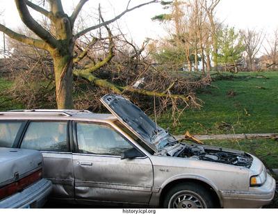 http://history.icpl.org/import/tornado_2006_cgp_wb_0034.jpg