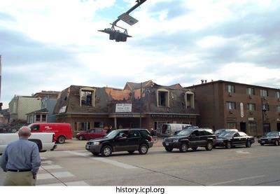 http://history.icpl.org/import/tornado_2006_bur_urp_stormII_0043.jpg