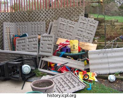 http://history.icpl.org/import/tornado_2006_wood_kl_0026.jpg