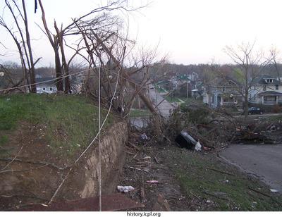 http://history.icpl.org/import/tornado_2006_gov_urp_0033.jpg
