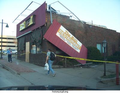 http://history.icpl.org/import/tornado_2006_bur_ks_0018.jpg