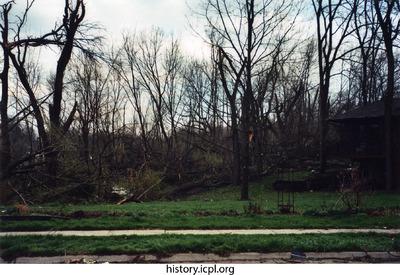 http://history.icpl.org/import/tornado_2006_7th_sc_0002.jpg