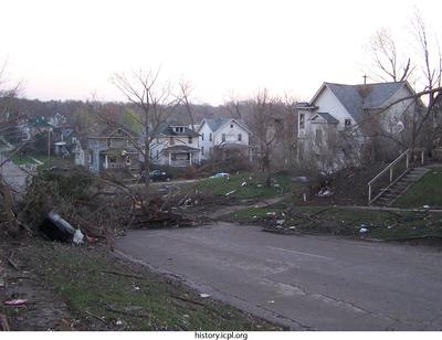 http://history.icpl.org/import/tornado_2006_gov_urp_0034.jpg