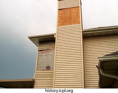 http://history.icpl.org/import/tornado_2006_wood_kl_0004.jpg