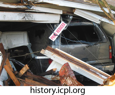 http://history.icpl.org/import/tornado_2006_roch_em_0012.jpg