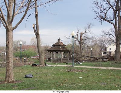 http://history.icpl.org/import/tornado_2006_cgp_pn_0023.jpg