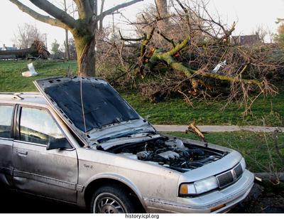 http://history.icpl.org/import/tornado_2006_cgp_wb_0035.jpg