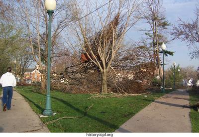 http://history.icpl.org/import/tornado_2006_cgp_jf_0017.jpg