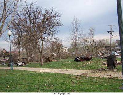 http://history.icpl.org/import/tornado_2006_cgp_pn_0021.jpg