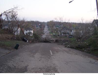 http://history.icpl.org/import/tornado_2006_gov_urp_0031.jpg
