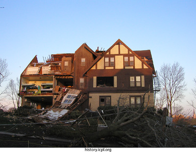 http://history.icpl.org/import/tornado_2006_sor_bw_0001.jpg