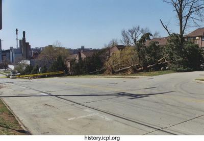 http://history.icpl.org/import/tornado_2006_court_sb_0007.jpg