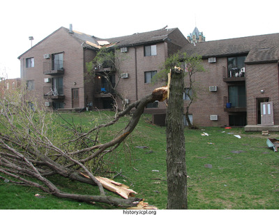 http://history.icpl.org/import/tornado_2006_court_wb_0012.jpg