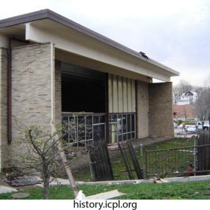 Robert A. Lee Community Recreation Center