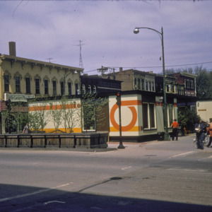 100-Block South Clinton Street, Little Caesar's Pizza, 1970-1976