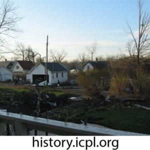 http://history.icpl.org/import/tornado_2006_roch_em_0005.jpg