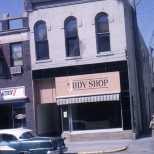 South Dubuque Street, 100-Block, 1965
