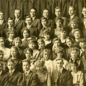 Iowa City High School Class of 1916