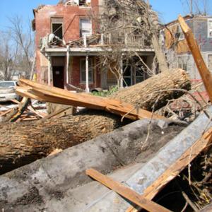 http://history.icpl.org/import/tornado_2006_iowa_wb_0006.jpg