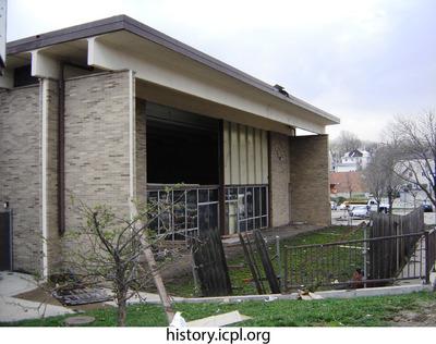 http://history.icpl.org/import/tornado_2006_bur_urp_storm_0039.jpg