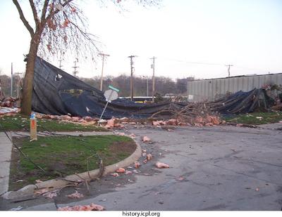 http://history.icpl.org/import/tornado_2006_mad_ks_0002.jpg