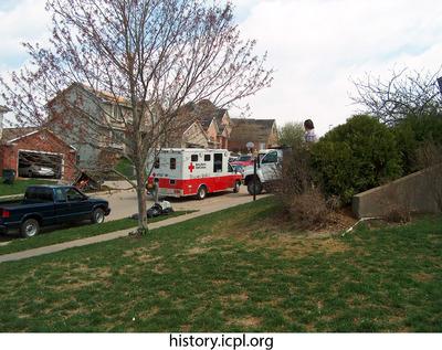 http://history.icpl.org/import/tornado_2006_wood_kl_0031.jpg