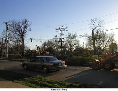 http://history.icpl.org/import/tornado_2006_cgp_bw_0010.jpg