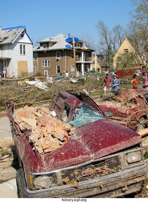 http://history.icpl.org/import/tornado_2006_iowa_wb_0007.jpg