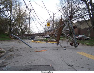 http://history.icpl.org/import/tornado_2006_col_urp_0031.jpg