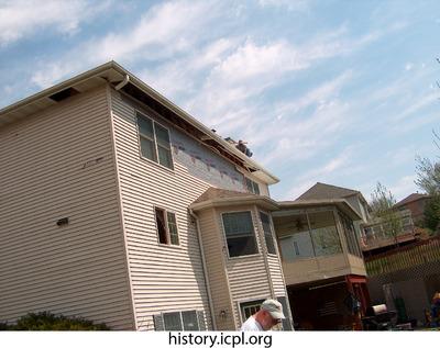 http://history.icpl.org/import/tornado_2006_wood_kl_0030.jpg