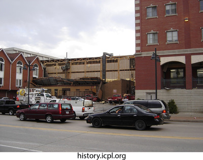 http://history.icpl.org/import/tornado_2006_gil_urp_0032.jpg