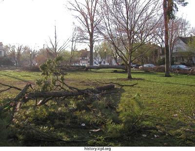 http://history.icpl.org/import/tornado_2006_cgp_bw_0013.jpg