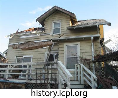 http://history.icpl.org/import/tornado_2006_roch_em_0003.jpg