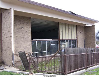 http://history.icpl.org/import/tornado_2006_bur_pn_0024.jpg