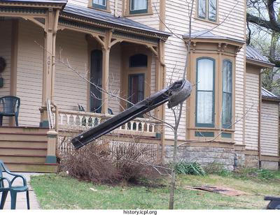 http://history.icpl.org/import/tornado_2006_mus_urp_0002.jpg