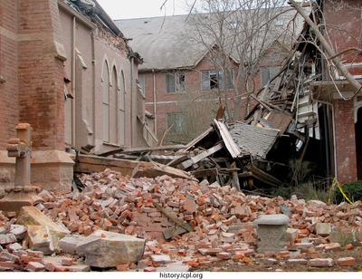 http://history.icpl.org/import/tornado_2006_stp_wb_0002.jpg